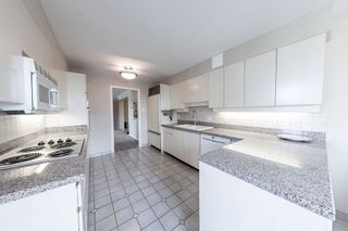 """Photo 22: 601 2108 W 38TH Avenue in Vancouver: Kerrisdale Condo for sale in """"THE WILSHIRE"""" (Vancouver West)  : MLS®# R2577338"""