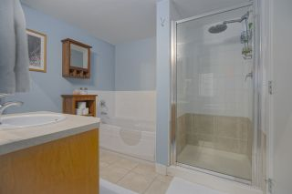 """Photo 14: 5 9339 ALBERTA Road in Richmond: McLennan North Townhouse for sale in """"TRELLAINES"""" : MLS®# R2426380"""