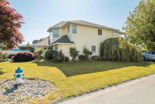 Photo 3: 34704 5 Avenue in Abbotsford: Poplar House for sale : MLS®# R2596492