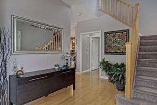 Photo 2: 170 Everglade Way SW in Calgary: Evergreen Detached for sale : MLS®# A1086306