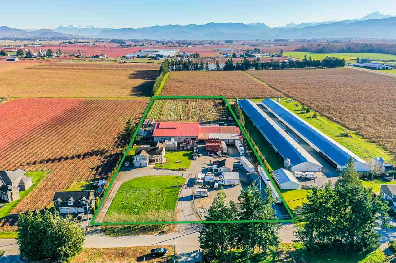 Main Photo: 190 DEFEHR Road in Abbotsford: Aberdeen Agri-Business for sale : MLS®# C8036607
