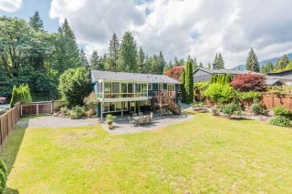 Photo 3: 3262 FAIRMONT ROAD in North Vancouver: Edgemont House for sale : MLS®# R2465183