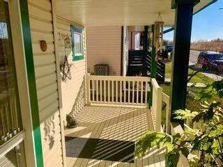 Photo 3: 1157 HYNDMAN Road NW in Edmonton: Zone 35 House for sale : MLS®# E4266521