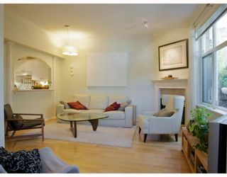 "Photo 2: 105 2588 ALDER Street in Vancouver: Fairview VW Condo for sale in ""BOLLERT PLACE"" (Vancouver West)  : MLS®# V766148"