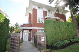 Main Photo: 49 6528 DENBIGH Avenue in Burnaby: Forest Glen BS Townhouse for sale (Burnaby South)  : MLS®# R2526707