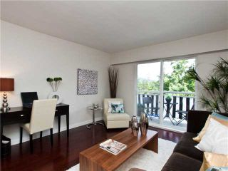 Photo 2: 324 711 6 Avenue in Vancouver: Mount Pleasant VE Condo for sale (Vancouver East)  : MLS®# v990477