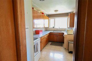 Photo 7: 1428 Mars Drive in Winnipeg: West Fort Garry Residential for sale (1Jw)  : MLS®# 202123443