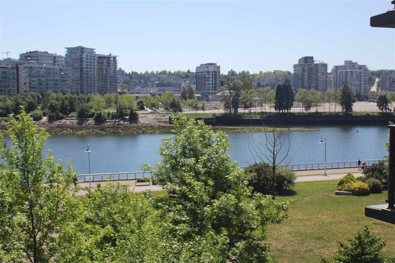 Main Photo: 502 918 COOPERAGE WAY in Vancouver: Yaletown Condo for sale (Vancouver West)  : MLS®# R2187867