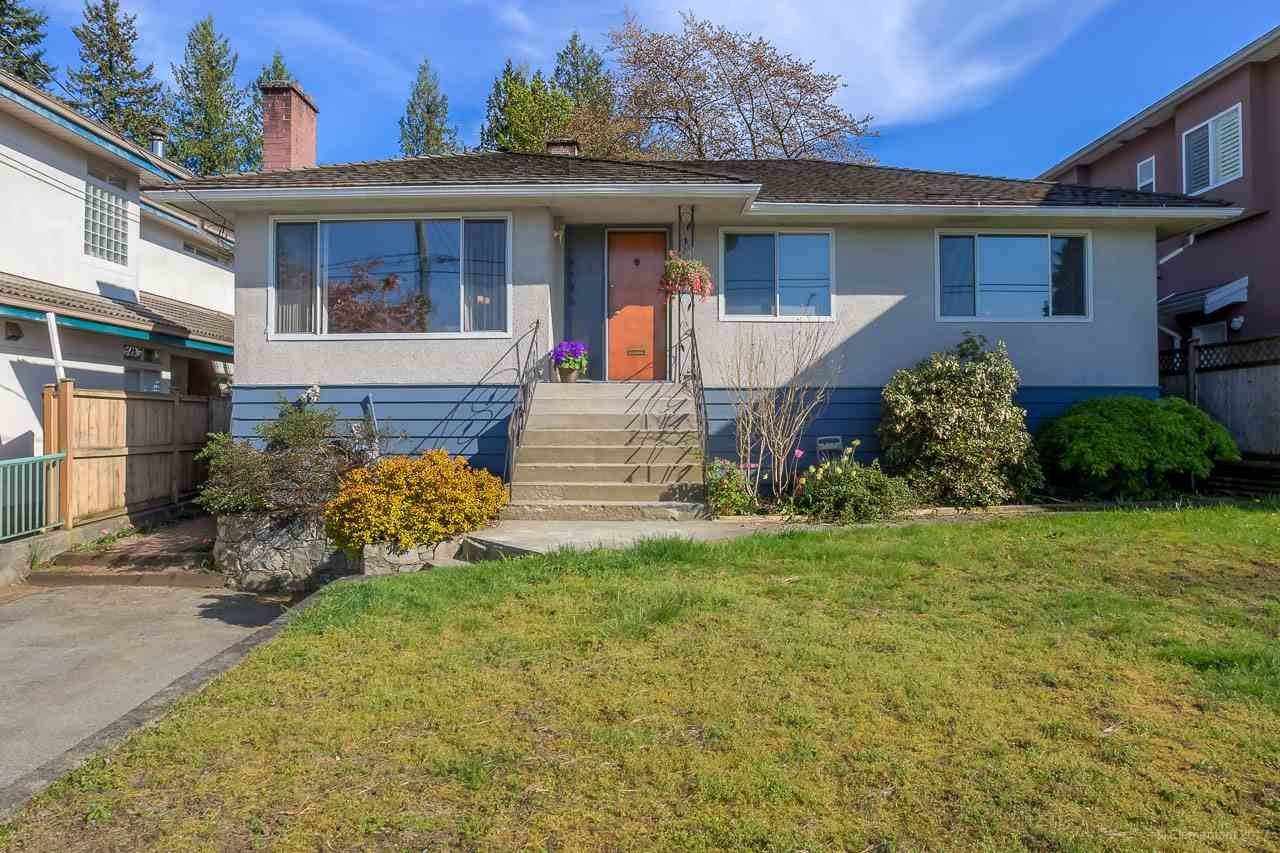 Main Photo: 7796 ROSEWOOD Street in Burnaby: Burnaby Lake House for sale (Burnaby South)  : MLS®# R2163744