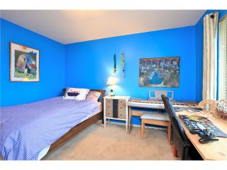 Photo 10: 7 237 W 16TH Street in North Vancouver: Central Lonsdale Townhouse for sale : MLS®# V1043211