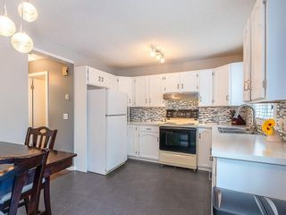 Photo 6: 98 COVENTRY Lane NE in Calgary: Coventry Hills Semi Detached for sale : MLS®# C4262894