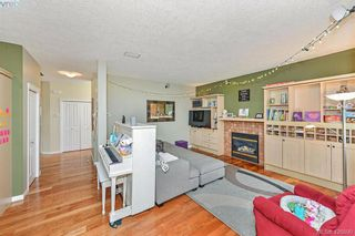 Photo 8: 102 Stoneridge Close in VICTORIA: VR Hospital House for sale (View Royal)  : MLS®# 841008