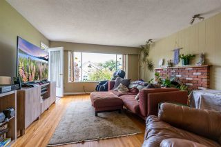 """Photo 15: 8380 ROSEBANK Crescent in Richmond: South Arm House for sale in """"Broadmoor"""" : MLS®# R2484942"""