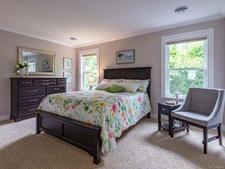 Photo 8: 879 Eastwicke Cres in COMOX: CV Comox (Town of) House for sale (Comox Valley)  : MLS®# 842967