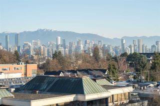 "Photo 2: PH802 2228 W BROADWAY in Vancouver: Kitsilano Condo for sale in ""The Vine"" (Vancouver West)  : MLS®# R2227819"
