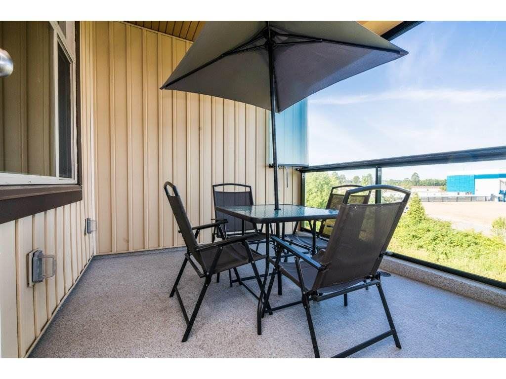 "Photo 20: Photos: 314 12635 190A Street in Pitt Meadows: Mid Meadows Condo for sale in ""CEDAR DOWNS"" : MLS®# R2189305"