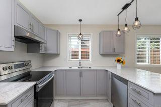Photo 3: 527 Deerwood Pl in : CV Comox (Town of) House for sale (Comox Valley)  : MLS®# 880114