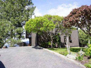 Photo 1: 110 WADDINGTON DRIVE in Kamloops: Sahali Residential Detached for sale : MLS®# 110059