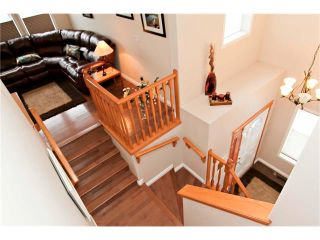 Photo 3: 48 COUGARSTONE Court SW in Calgary: Cougar Ridge House for sale : MLS®# C4045394