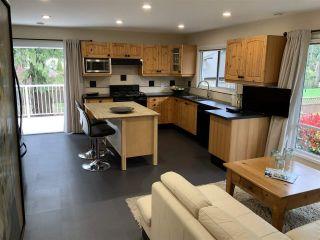 "Photo 4: 5065 1ST Avenue in Delta: Pebble Hill House for sale in ""ENGLISH BLUFF - TSAWWASSEN BEACH"" (Tsawwassen)  : MLS®# R2560136"