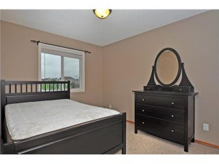 Photo 12: 108 PRESTWICK Mews SE in CALGARY: McKenzie Towne Residential Detached Single Family for sale (Calgary)  : MLS®# C3580861