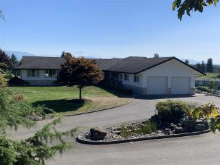 Photo 2: 30226 TOWNSHIPLINE Road: House for sale in Abbotsford: MLS®# R2496826