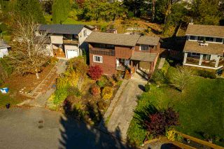 Photo 2: 3350 OMINECA Court in Abbotsford: Abbotsford East House for sale : MLS®# R2416525