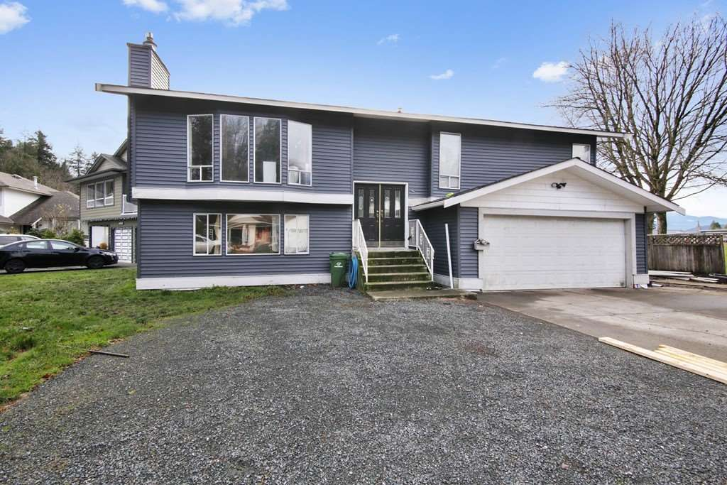 Main Photo: 46818 PORTAGE Avenue in Chilliwack: Chilliwack N Yale-Well House for sale : MLS®# R2423719