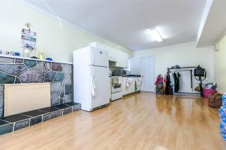 Photo 17: 5660 DUMFRIES Street in Vancouver: Knight House for sale (Vancouver East)  : MLS®# R2257407