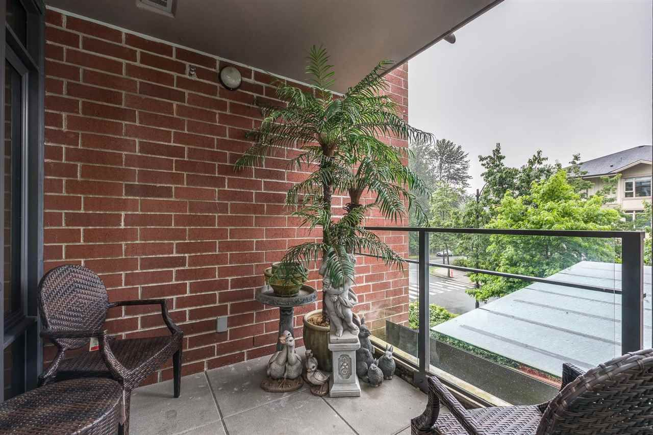 """Photo 15: Photos: 204 301 CAPILANO Road in Port Moody: Port Moody Centre Condo for sale in """"The Residences"""" : MLS®# R2474301"""
