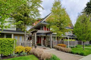 """Photo 1: 17 339 E 33RD Avenue in Vancouver: Main Townhouse for sale in """"Walk to Main"""" (Vancouver East)  : MLS®# R2374151"""