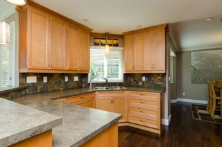 Photo 12: 20716 51ST Avenue in Langley: Langley City House for sale : MLS®# F1450329