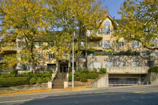 """Photo 26: 406 34101 OLD YALE Road in Abbotsford: Central Abbotsford Condo for sale in """"Yale Terrace"""" : MLS®# R2505072"""