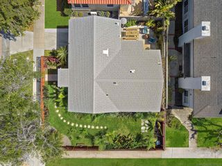 Photo 9: PACIFIC BEACH House for sale : 2 bedrooms : 4286 Fanuel St