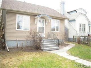 Photo 1: 404 Manitoba Avenue in WINNIPEG: North End Residential for sale (North West Winnipeg)  : MLS®# 1427269
