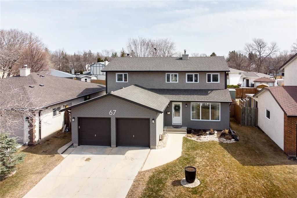 Main Photo: 67 The Bridle Path in Winnipeg: Charleswood Residential for sale (1G)  : MLS®# 202107729