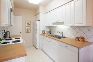 """Photo 14: 9 2296 W 39TH Avenue in Vancouver: Kerrisdale Condo for sale in """"KERRISDALE CREST"""" (Vancouver West)  : MLS®# R2620694"""