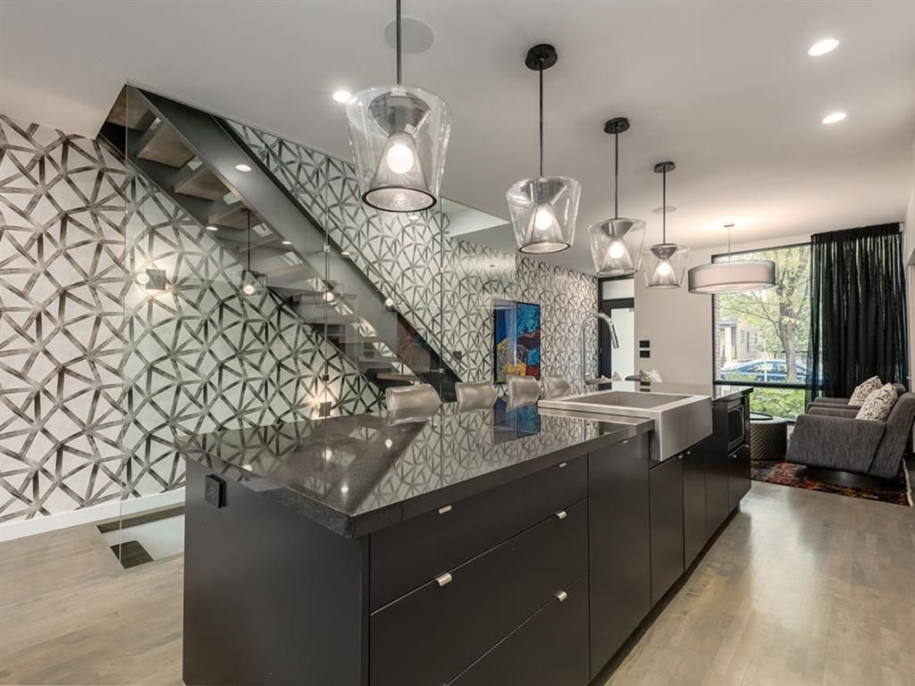 Photo 4: Photos: 515 21 Avenue SW in Calgary: Cliff Bungalow Row/Townhouse for sale : MLS®# A1035349