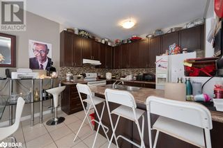 Photo 7: 23 ORLEANS Avenue in Barrie: House for sale : MLS®# 40079706