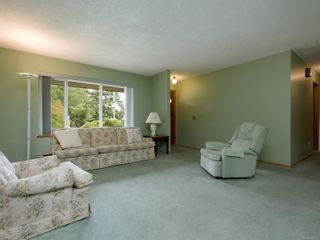 Photo 2: 2154 French Rd in Sooke: Sk Broomhill House for sale : MLS®# 853473