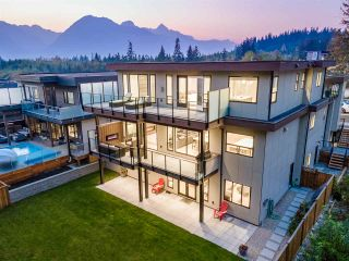 """Photo 40: 3404 MAMQUAM Road in Squamish: University Highlands House for sale in """"University Heights"""" : MLS®# R2508704"""