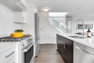 Photo 7: PH2 238 W BROADWAY Street in Vancouver: Mount Pleasant VW Condo for sale (Vancouver West)  : MLS®# R2549036