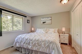 Photo 7: 19 Ogmoor Place SE in Calgary: Ogden Detached for sale : MLS®# A1028086