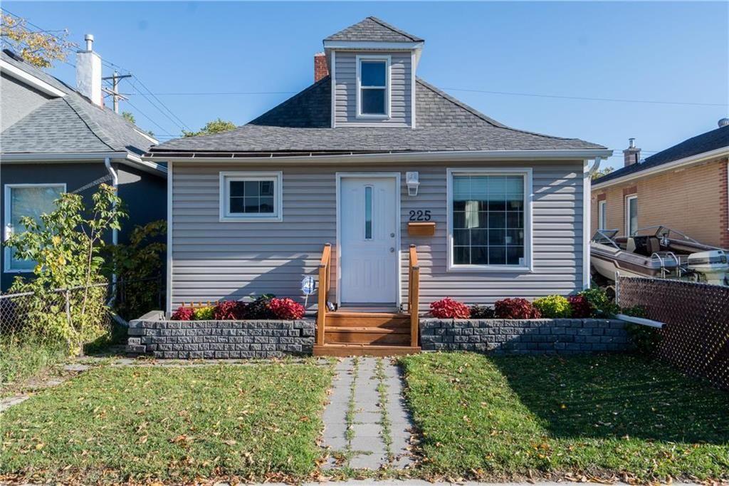 Main Photo: 225 Union Avenue West in Winnipeg: Elmwood Residential for sale (3A)  : MLS®# 202123317