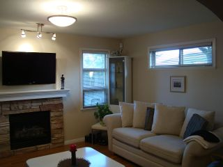 Photo 8: 7562 16TH Avenue in Burnaby: Edmonds BE 1/2 Duplex for sale (Burnaby East)  : MLS®# R2022922