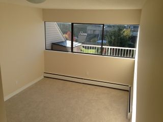 "Photo 3: 42 17706 60TH Avenue in Surrey: Cloverdale BC Condo for sale in ""CLOVERDOWNS"" (Cloverdale)  : MLS®# F1311886"