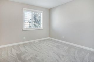 Photo 18: 2010 Broadview Road NW in Calgary: West Hillhurst Semi Detached for sale : MLS®# A1072577