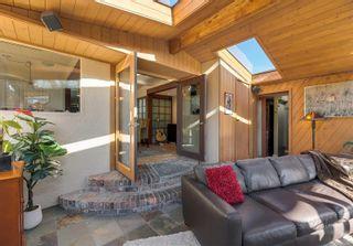 Photo 16: 2548 Wesley Pl in : Vi Oaklands House for sale (Victoria)  : MLS®# 866371
