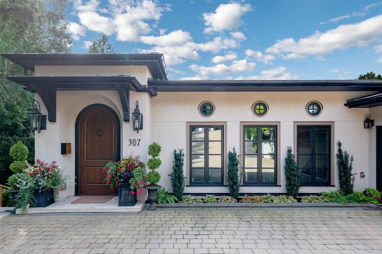 Main Photo: 307 NEWDALE Court in North Vancouver: Upper Delbrook House for sale : MLS®# R2576081