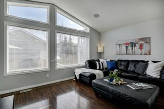 Photo 12: 87 Prestwick Bay SE in Calgary: McKenzie Towne Detached for sale : MLS®# A1107665